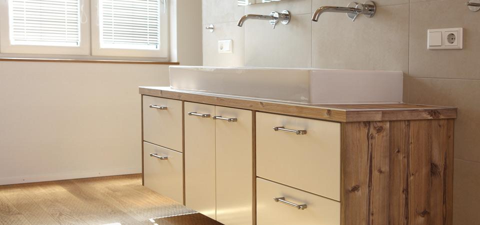 badezimmer schr nke und spiegelschrank leberle montagebau. Black Bedroom Furniture Sets. Home Design Ideas