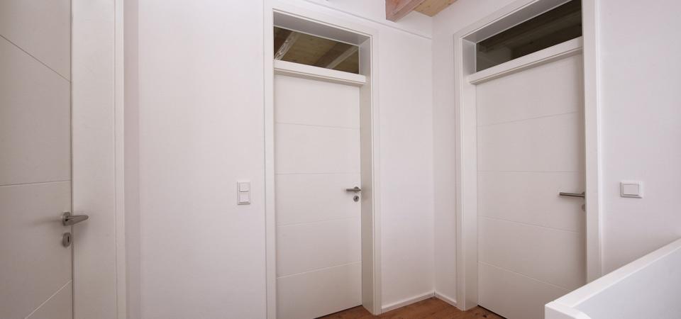 Zimmertüren mit Oberlicht - Leberle Montagebau